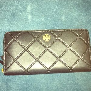 Tory Burch black quilted leather wallet